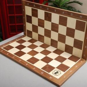 Tablero de Torneo Plegable en Madera de Nogal y Arce