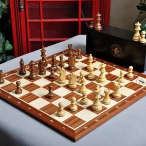 Tablero y set de ajedrez de la serie Campeonato