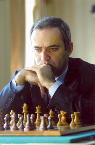 Garry_Kasparov,_New_York_City,_2003